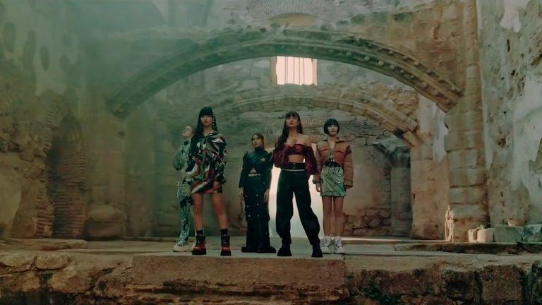 Faky Half Moon Videoclip Japanese girl group